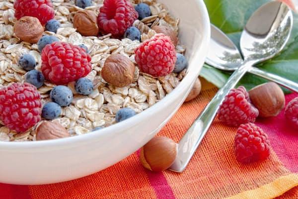 腸内環境を良好に保つには、一定の頻度で食物繊維を食べることが大切というのは本当?(c)hubavasi -123rf