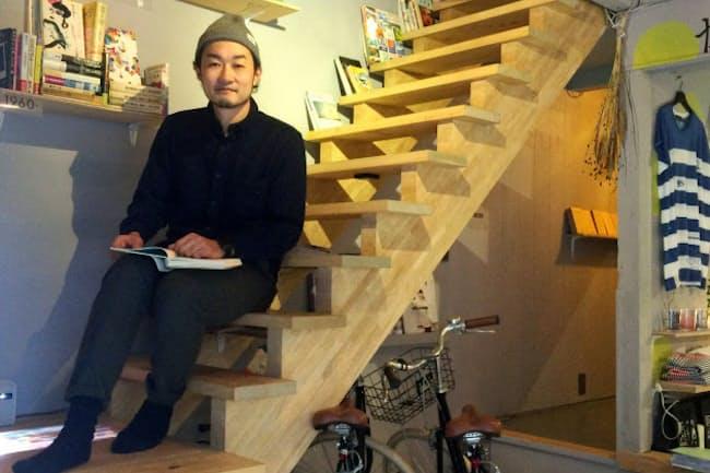 会社勤めしながら、町家を改修して宿泊施設をオープンした岩崎達也さん(京都市)