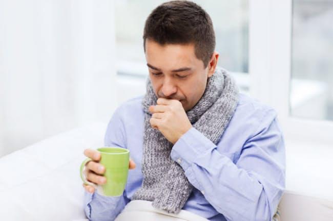 インフルエンザにかかったときの水分補給は? 治療は? 家庭内感染を予防するには?(c)dolgachov -123rf