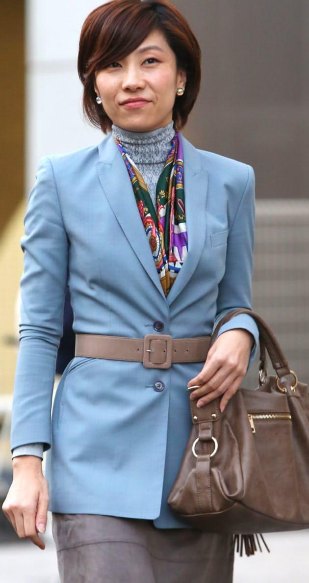 94c0ce12600641 働く女性、冬のファッション メンズ服と釣り合いよく|WOMAN SMART ...