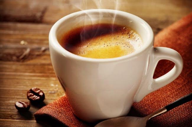 夜遅いコーヒーだけでなく、午後遅いコーヒーも睡眠に影響していたとは……(c)subbotina-123rf