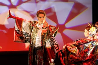 全国ツアーは今年も予定。定期的に続けている「夢舞LIVE」は次回、2月25日に渋谷のシダックス・カルチャーホールで開く。