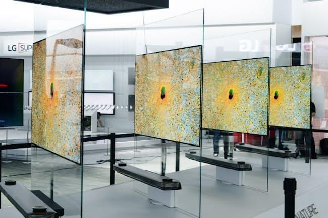 LGエレクトロニクスがCESで発表した「LG OLED TV W」
