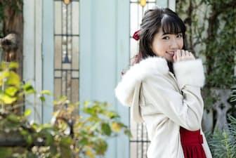 最新作「Sweet Dolce」では「得意の妄想力」(上野)を生かして作詞も手がけた。20歳になる来年2月に東京・赤坂ブリッツでのライブがすでに決定。「会場を満員にするのが当面の目標」と張り切る。