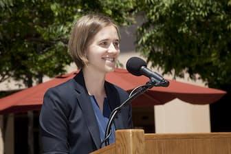 スタンフォード大学経営大学院 エリザベス・ブランケスプール助教授 (C)Doug Peck
