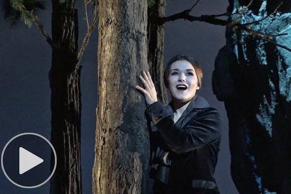 オペラ「ルチア」舞台彩る在イタリア美術家