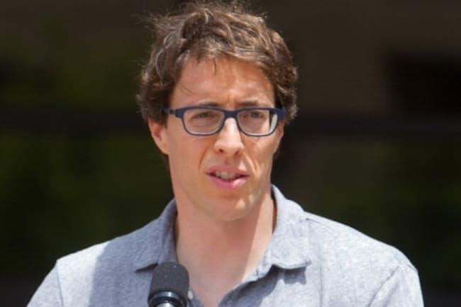 スタンフォード大学経営大学院 ジョナサン・レバーブ准教授 (C)Saul Bromberger
