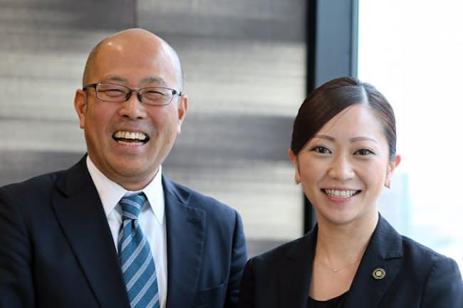 ヒルトン人事業務統括本部長の麻生周治氏(左)とコンラッド大阪で勤務する潮田まや氏