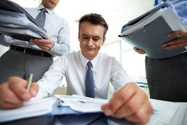 いくら仕事が好きで苦に感じなくても、きちんと睡眠をとらないと、疲労はじわじわと心身をむしばんでいく(c)Dmitriy Shironosov-123rf