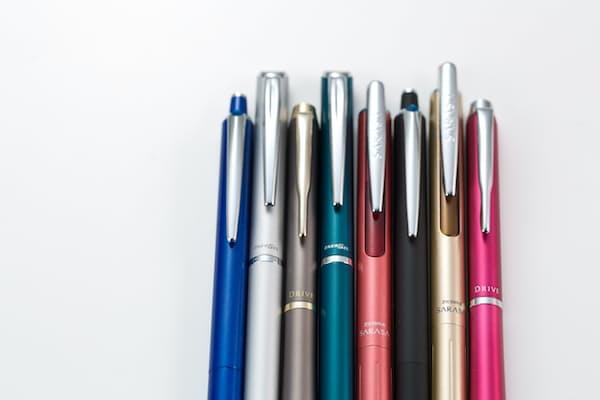 水性インクやゲルインクを使った高価格帯ボールペンが人気になっている