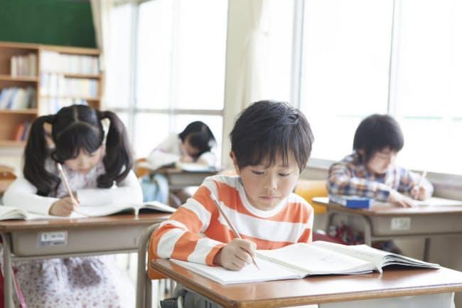 教育費への取り組みは大学までの長期戦と考えたい (写真:PIXTA)