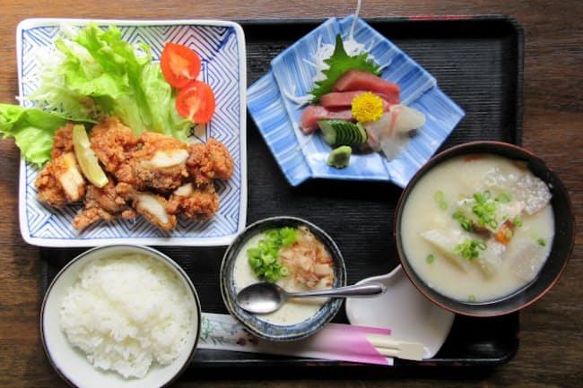 「美幸 mikou」(奈良県生駒市)では本場の鶏たつた揚げが存分に味わえる