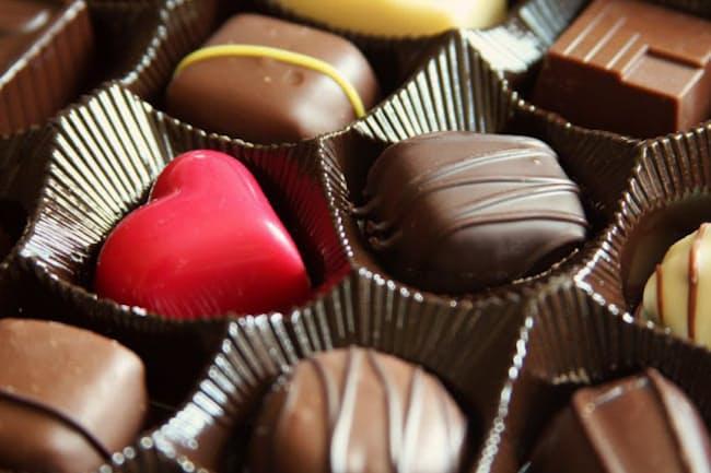 日本人は西欧人よりもチョコレートを食べないが……(c)greatandlittle-123rf