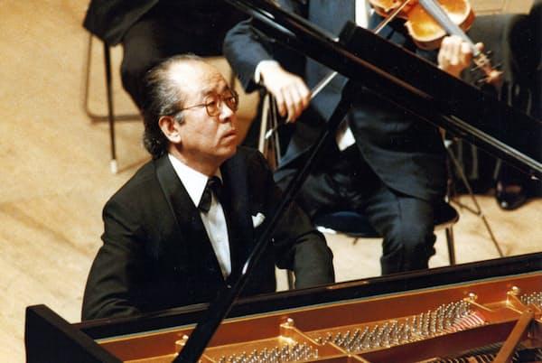 ピアノ協奏曲のレパートリーは「50曲くらいある」と話していた園田高弘さん(写真提供=園田春子さん)