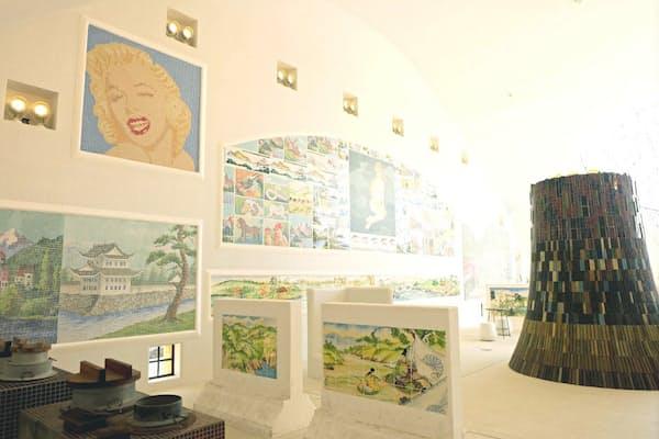 20年以上をかけて収集したタイル製品やタイルアートがひしめく
