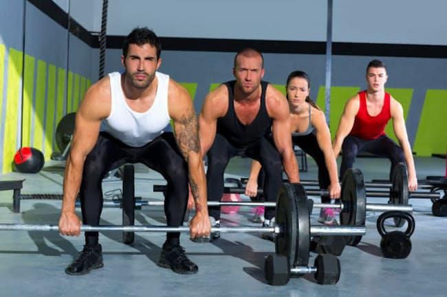 20歳を過ぎてから筋肉量が一番早く減っていくのは、上肢?体幹?下肢?(c)ANTONIO BALAGUER SOLER-123rf