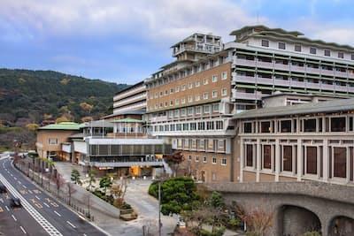 近鉄グループの最上級ホテル「ウェスティン都ホテル京都」は客室単価を現在の約3万円から5万円に引き上げる