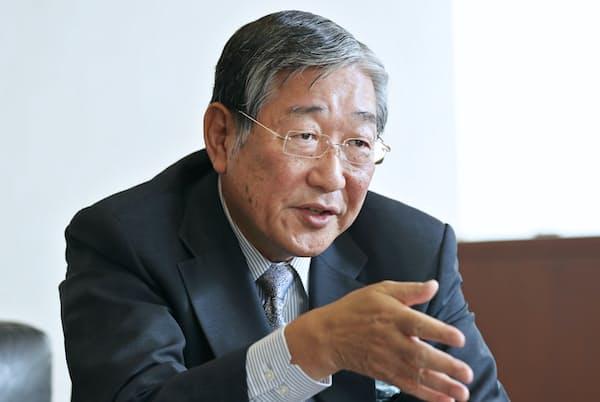 アサヒグループHDの泉谷直木会長