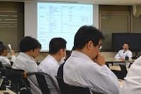 九州大学では免疫チェックポイント阻害剤の適正使用委員会を毎月開き、副作用情報を診療科横断的に共有している