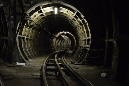 今はもう使われていない「Mail Rail」のトンネル。近年、観光電車として蘇らせようという計画がある。(写真:Matt Brown)