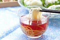 具でたんぱく質、ビタミンB1、ビタミンCなどを補えば、そうめんは夏バテ防止の格好の食事に(c)yumehana-123rf