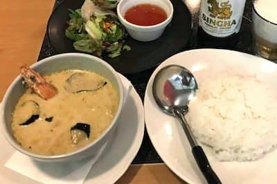 グリーンカレーは青トウガラシの辛さとココナツミルクの甘さのバランスが重要(マンゴツリーカフェ有楽町店)