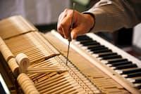 ピアノ調律師の数を推定する考え方はコンサルティング的思考に通じる PIXTA