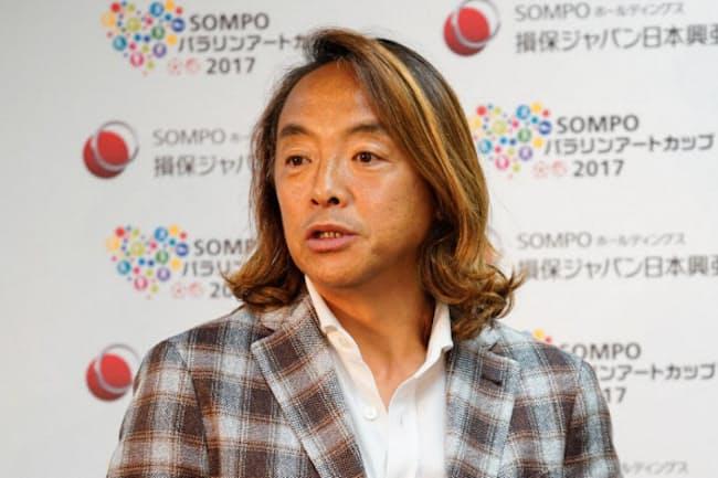 「SOMPOパラリンアートカップ」の審査員を務める元サッカー日本代表の北沢豪さん