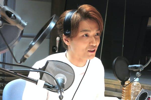 ラジオ番組『井上芳雄 by MYSELF』(TBSラジオ/日曜22時~22時30分)の収録スタジオにて