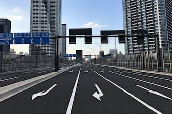 五輪・パラリンピックの大動脈「環状2号」は20年3月の地上部開通を目指している(東京都中央区の整備済み区間)