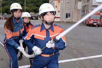 神奈川県横須賀市の女性消防隊「はまゆう隊」