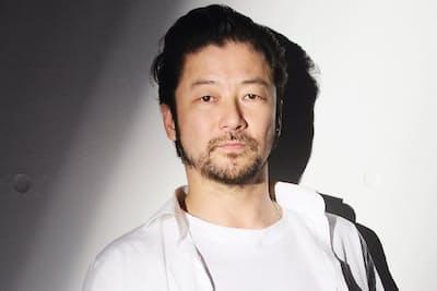 1973年生まれ、神奈川県出身。90年『バタアシ金魚』(松岡錠司監督)で映画デビュー。今年はマーティン・スコセッシ監督『沈黙‐サイレンス‐』、園子温監督『新宿スワンII』にも出演。音楽活動も行う(写真:中村嘉昭)