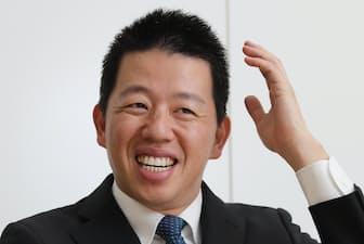 1979年長崎県生まれ。東京大学卒。野村証券を経て2004年、ジャパネットたかたに入社。コールセンターや物流センターの責任者を務める。15年1月に同社社長に就任。38歳。