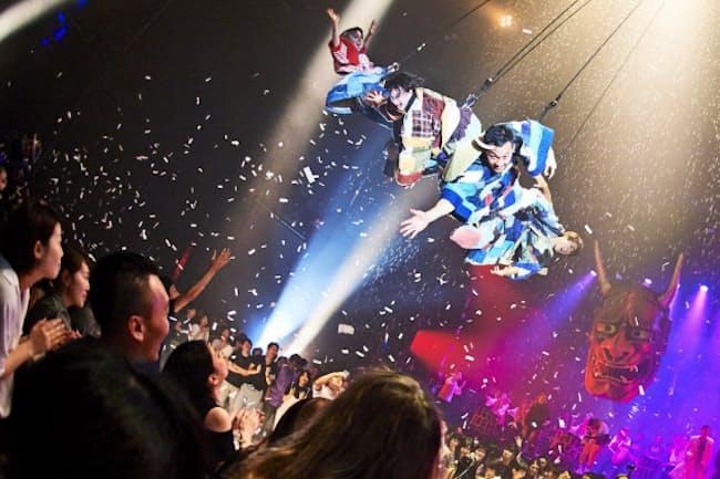 アミューズの体験型ショー「WA!」は夜8時からでも楽しめる(東京都品川区)