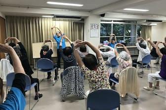 東京都では住民が主体となった「通いの場」作りをすすめる(東京都多摩市)