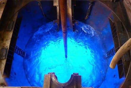 このドリルを使い、深海底を2500m掘削してコア試料を採取した。(Credit: IODP)