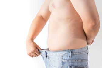 メタボ改善のために体重を10kg落とす必要があるといわれても困るけれど……(c)Wittaya Puangkingkaew-123rf