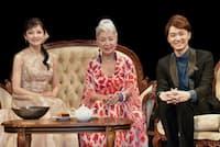 11月7日にシアタークリエで開催された『レジェンド・オブ・ミュージカル in クリエ Vol.1』の出演者。右から井上芳雄、草笛光子、島田歌穂(写真提供/東宝演劇部)