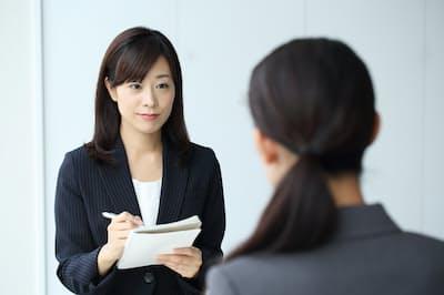 他人の話を聞く能力はビジネスの成り行きも左右する PIXTA