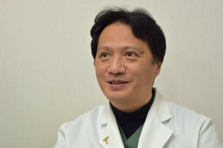 東京女子医科大学の新浪博士教授