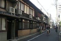 京町家についても歴史的遺産を生かす観点から民泊の制限を設けない(京都市上京区)