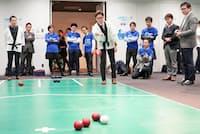 オリンピック・パラリンピック等経済界協議会は企業対抗のボッチャ大会「オフィス・デ・ボッチャ」を始めた