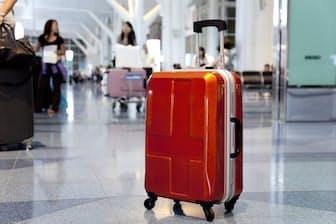飛行機での長時間移動を予定している人は、ロングフライト症候群にご用心を(C)fred goldstein-123rf(c)PaylessImages-123rf