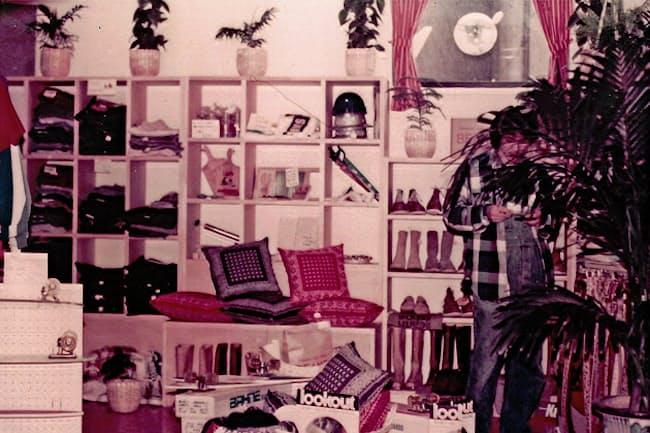 ビームスの1号店ではアメリカで買い付けた服や雑貨を売った(70年代当時)