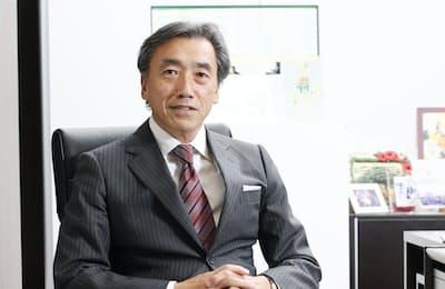 「汚らしい格好は昔から嫌でした」と語るファミリーマートの沢田社長