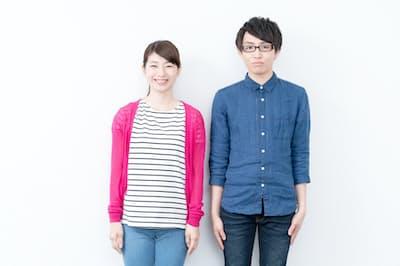 下顎は、人が立っている時に体の傾きを察知してバランスを取るセンサーの役割を担っている(PIXTA)