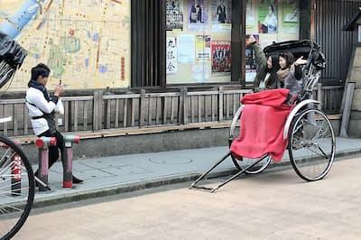 浅草の観光客(東京都台東区)
