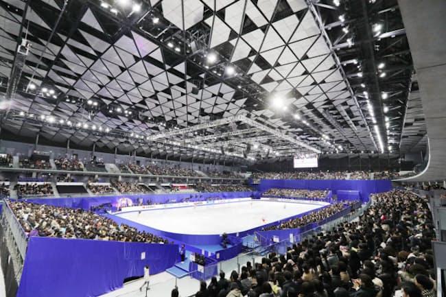 東京五輪・パラリンピックでの競技会場となる「武蔵野の森総合スポーツプラザ」(17年12月、東京都調布市)