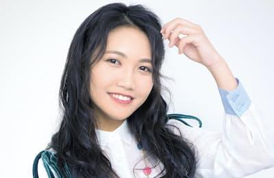 1997年生まれ、兵庫県出身。高校生の時に上京し、15年にデビュー。1stシングル『だいすき。』はYouTubeで1000万再生を超え、女子中高生を中心にスマッシュヒット(写真:藤本和史)