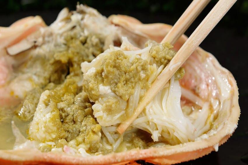 旅先でしか味わえない新鮮なカニを満喫。2月に向けておいしさがピークとなる越前ガニ